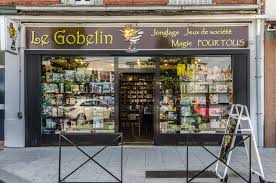 photo de la devanture de la boutique de jeux le gobelin